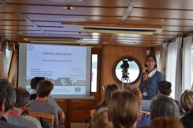 Lecture session during the boat trip to Komárom